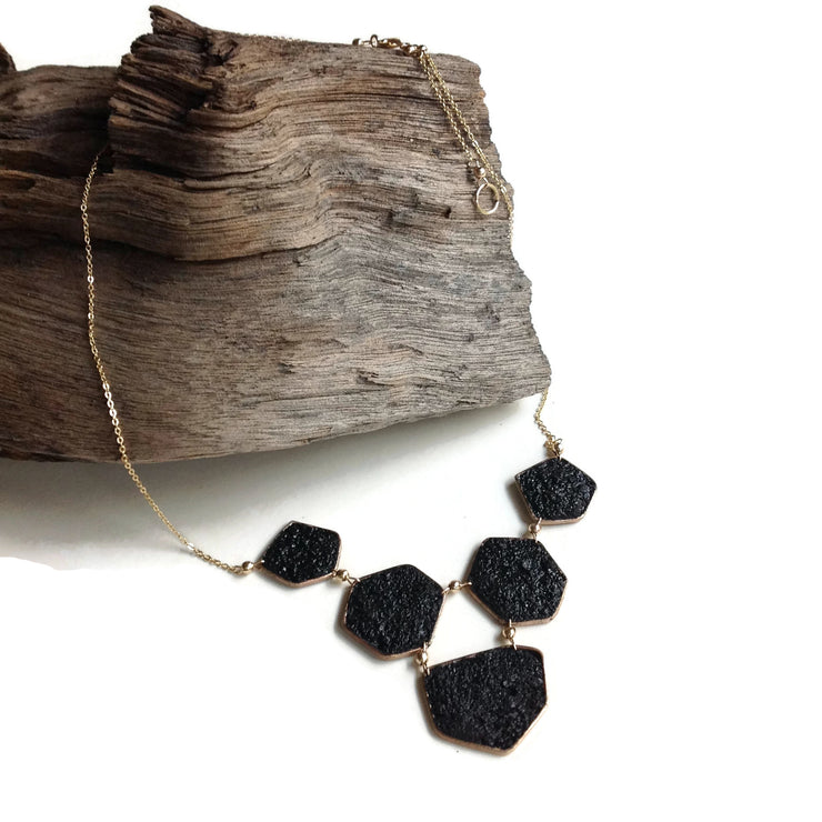 Geometría Druzy Bib Necklace