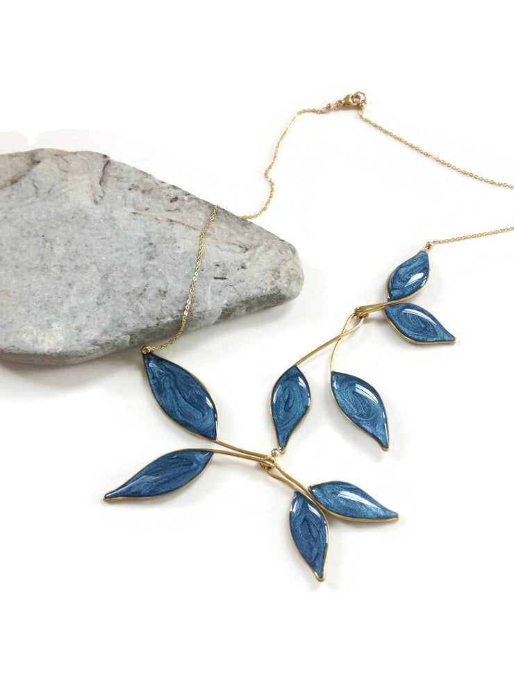 Anthos Leaf Necklace Dark Turquoise Mica