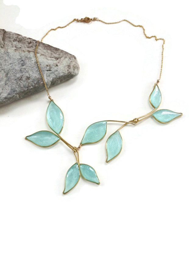 Anthos Leaf Necklace Light Blue Mica