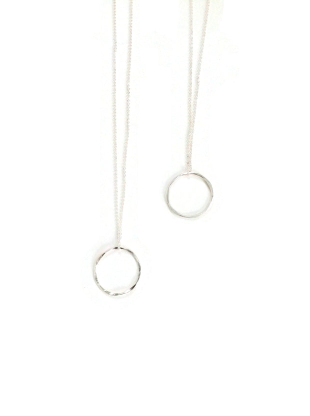 Elafri Twist Circle Necklace