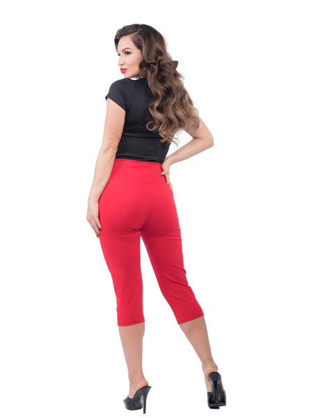 Audrey Capri Pants in Red