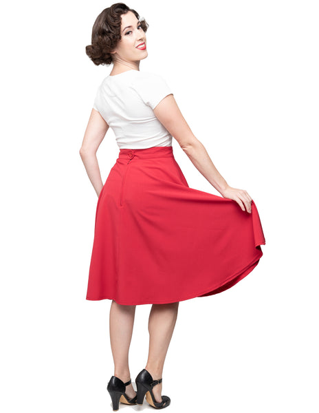 Button Thrills Skirt with Pockets in Red