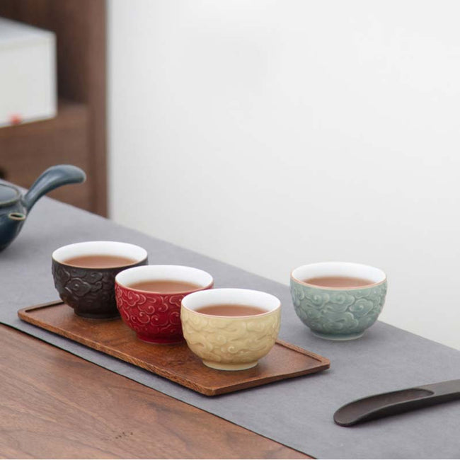 Ceramic_Tasting_Cup_with_Auspicious_Cloud_Pattern_01