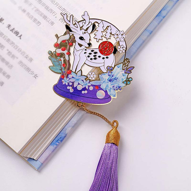 The_Panda_and_Deer_Christmas_Bookmarks_Deer_02