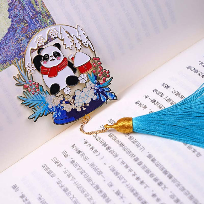 The_Panda_and_Deer_Christmas_Bookmarks_Panda_03