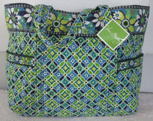 Vera Bradley Daisy Daisy Super Tote XL Shoulder Bag