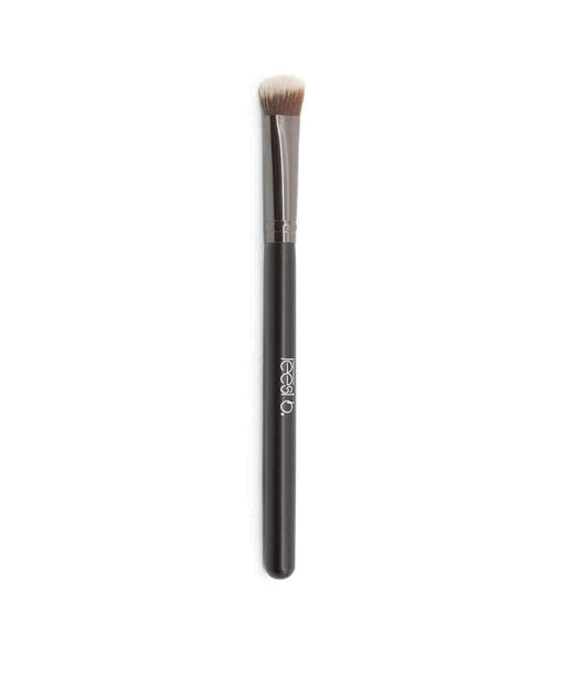 Synthetic Angled Eyeshadow Fluff Brush Leesi B.