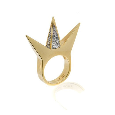 Center Pave 3 Pyramid Ring