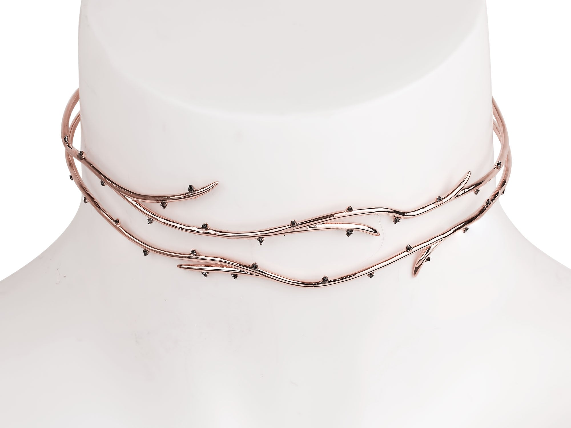 BETRAYAL CHOKER NECKLACE
