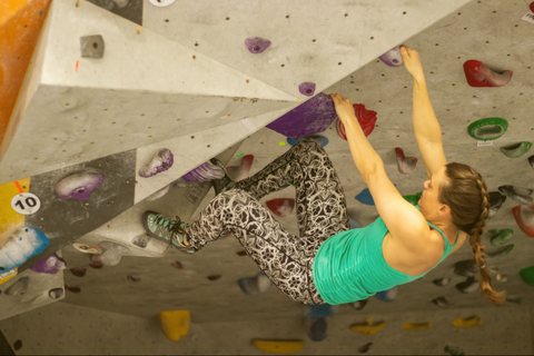 warm up properly to prevent climbing injuries