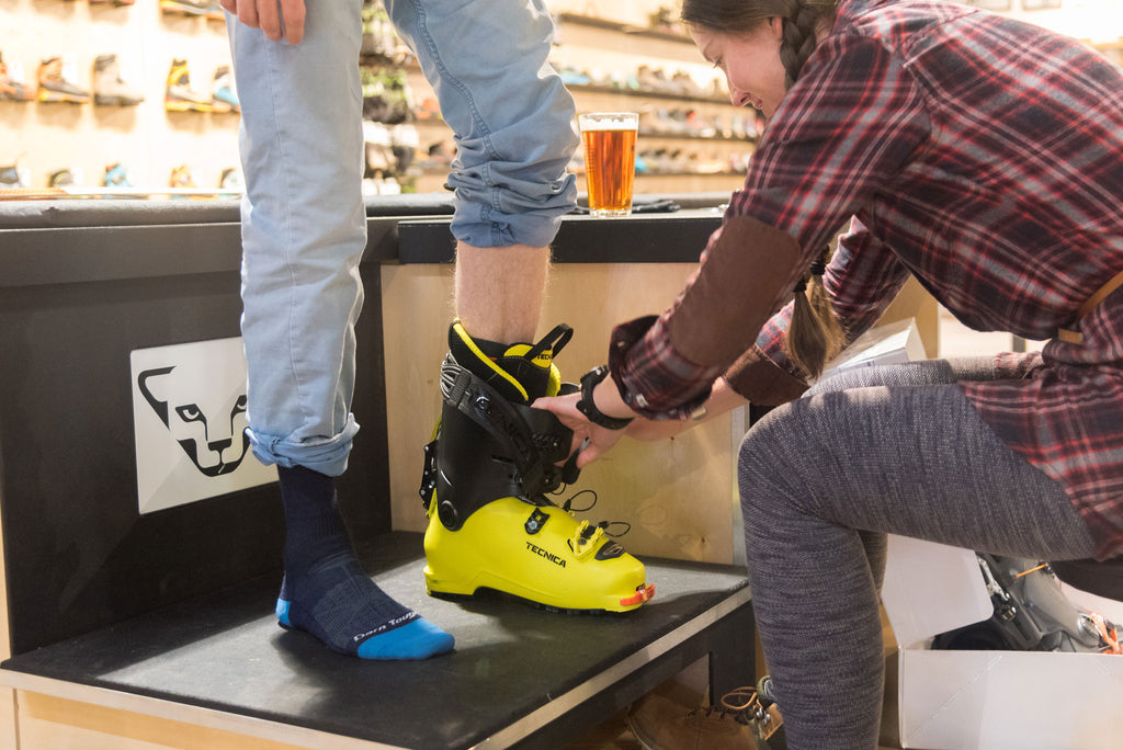 expert ski boot fitting at Neptune Mountaineering