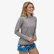 Load image into Gallery viewer, Patagonia Women's Cap Cool Daily Hoody