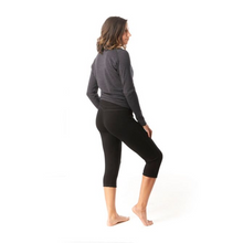 Load image into Gallery viewer, Women's Smartwool Merino 250 Baselayer 3/4 Bottom