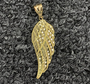 10k gold wing pendant