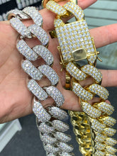 Load image into Gallery viewer, 30mm bust down Cuban link 24 inch