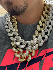 30mm bust down Cuban link 24 inch