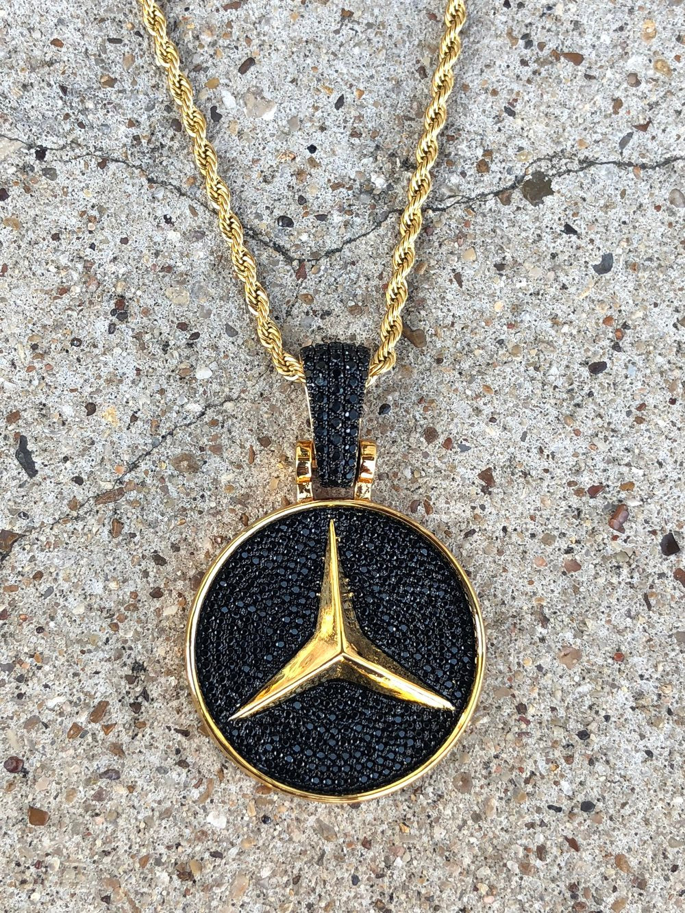 solid mercedes pendant with black lab diamonds
