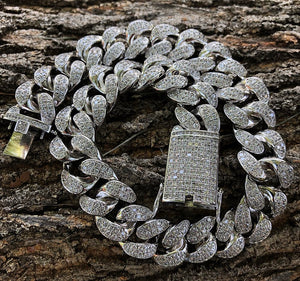 20mm flooded lab diamond cuban link choker