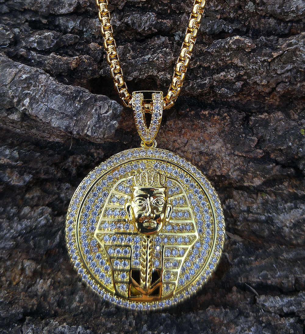 king tut yellow finish lab diamond pendant and chain