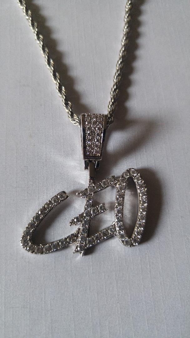 ceo with 20 in rope chain
