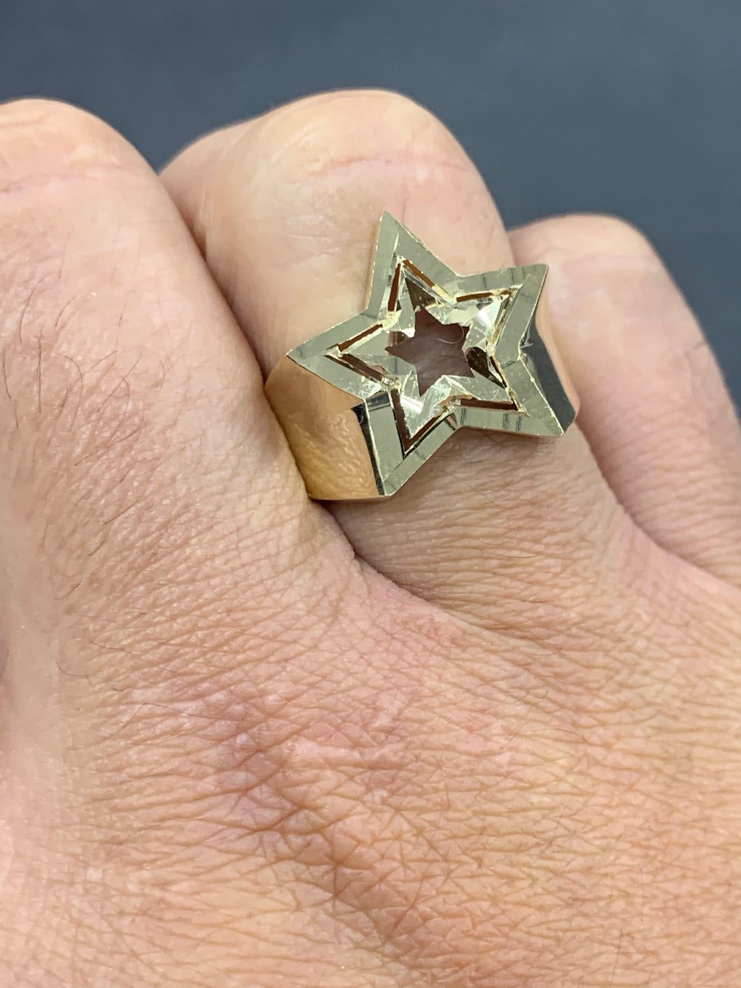 10k gold cut out star ring