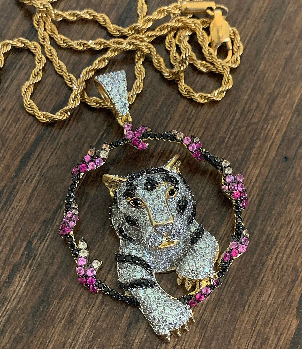 Flower lion with rope chain