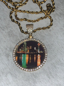 Custom dallas with rope chain