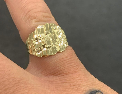 10k small nugget ring