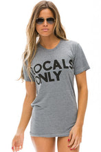 Charger l'image dans la galerie, t-shirt  unisexe locals only aviator nation