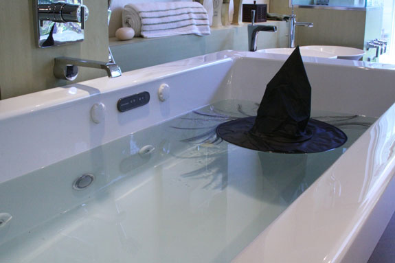 the Wicked Witch of the West melted in my bathtub!... Halloween Decorating Ideas for Small Bathrooms from Bathroom Bliss by Rotator Rod