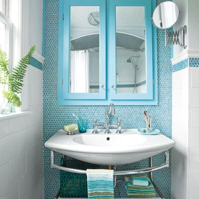 beautiful blue and white small bathroom remodel... Inspiration in Rotation: Summer-Inspired Bathrooms from Bathroom Bliss by Rotator Rod