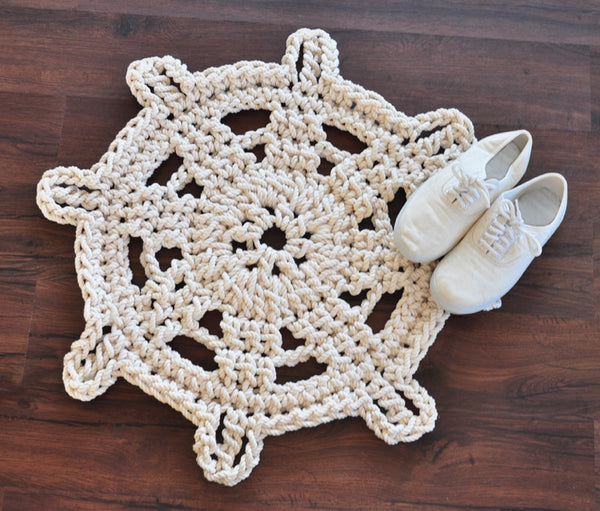 white boat steering wheel rope rug bath mat... Nautical Bath Mats Perfect for a Seaside Summer from Bathroom Bliss by Rotator Rod