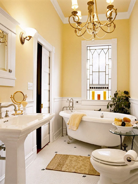 Marvelous Classically Elegant Large Yellow Bathroom With Chandelier And Claw Foot  Bathtub... Trending In