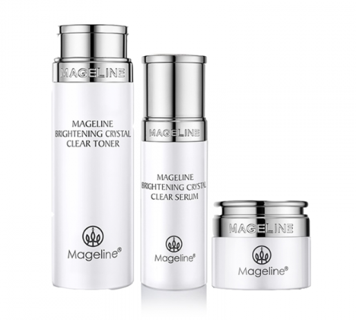 Mageline Brightening Crystal Clear Set. Skin Lightening, Renewal and Firming. Light creamy texture, silky touching, moist but non-greasy formula. Formulated with precious brightening essence gradients with fresh and lightweight texture, it is absorbed well into the deep skin layer, and can gently, yet effectively hydrate the skin, leaving skin feeling relieved and brightened.