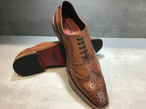 KIRK BROGUE IN ANTIQUED RICH TAN SIZE 7 & 10