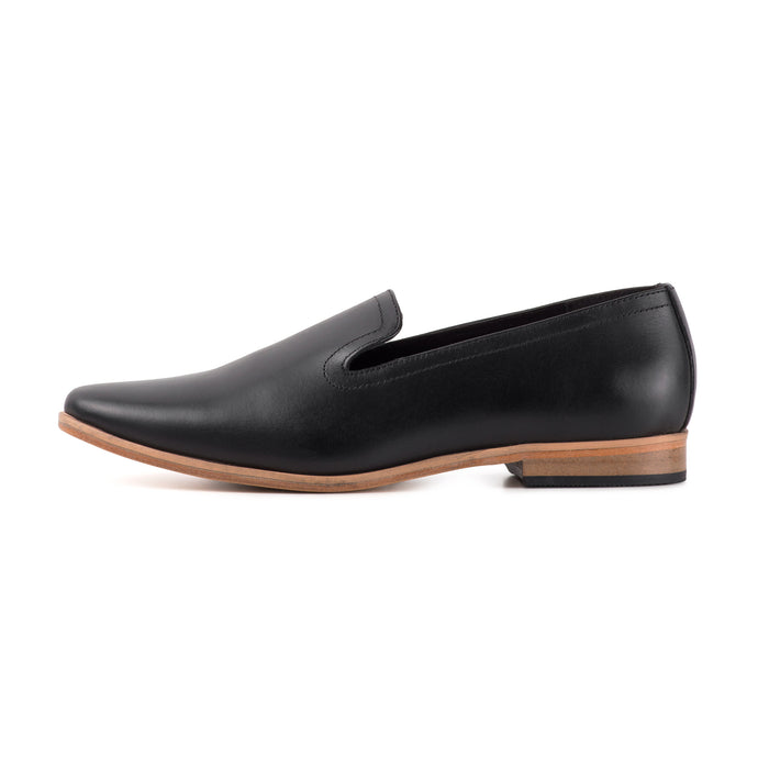 PLAYA ; LEATHER SLIP ON LOAFER IN CLASSIC BLACK - northern sole footwear