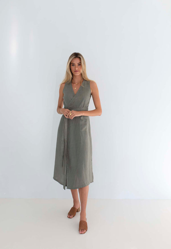 THE WRAP DRESS - SAMPLE