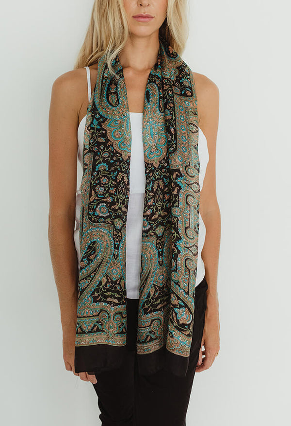 ARABESQUE SCARF