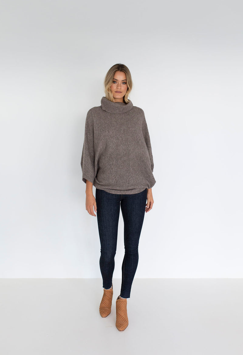 WANDERER SWEATER 2