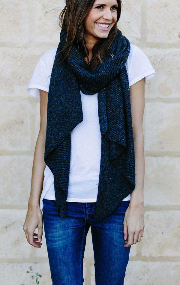 RIBBED REVERSIBLE SCARF