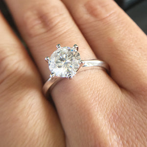 14K White Gold Plated Silver 3.0ct 9mm Round Cut G Moissanite Engagement Ring