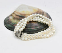 Load image into Gallery viewer, Natural White Pearl Strand Bracelet