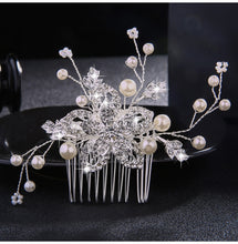 Load image into Gallery viewer, Wedding Crystal Pearls Hair Combs Bridal Handmade
