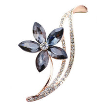 Load image into Gallery viewer, Rhinestone Flower Brooches