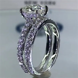 New Trendy Sparkling Round Cut Ring Set