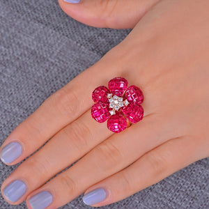 High Jewelry Invisible Setting 10ct Natural Ruby and 0.38ct Brilliant Cut Diamond 18kt Au750 Rose Gold Ring