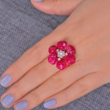 Load image into Gallery viewer, High Jewelry Invisible Setting 10ct Natural Ruby and 0.38ct Brilliant Cut Diamond 18kt Au750 Rose Gold Ring