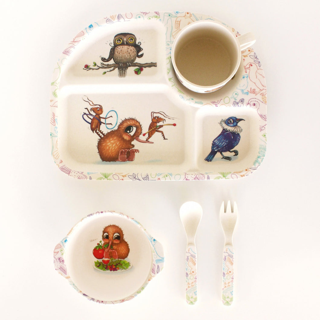 Kuwi's Bamboo Dinner Set