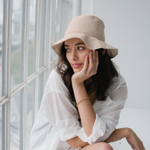 Load image into Gallery viewer, Linen Bucket Hat - Bone