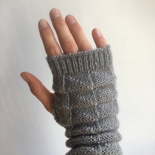 Knitted Fingerless Glove